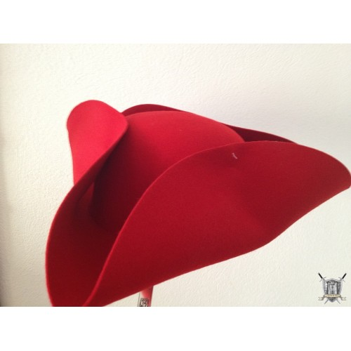 Tricorne rouge pirate