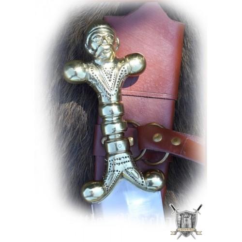 Longue épée celte avec fourreau
