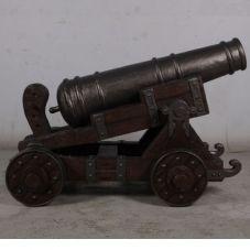 Canon décoration sur roues