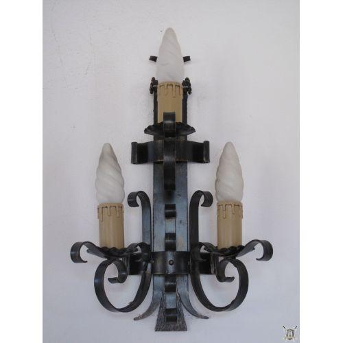applique médiévale fer forgé rustique 3 lumières