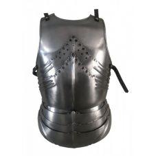 armure plastron en acier superbement décorée
